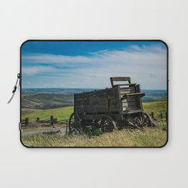 Lonely Wagon Laptop Sleeve