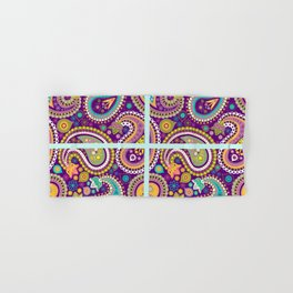 Checkered background with paisley pattern Hand & Bath Towel