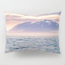 Sailing away Pillow Sham