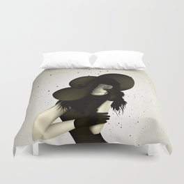 girl in the hat Duvet Cover