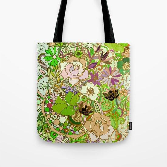 Detailed summer floral pattern, green Tote Bag