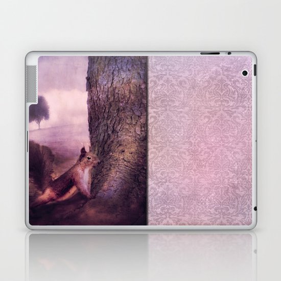 SQUIRREL'S WORLD Laptop & iPad Skin