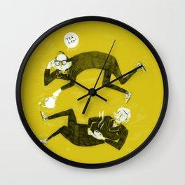 Tea Ern? Wall Clock