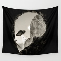 Alien´s Head Wall Tapestry