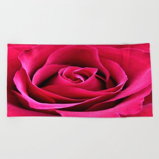 Red Rose Love Beach Towel