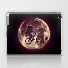 E.T.B. (variant 3) Laptop & iPad Skin