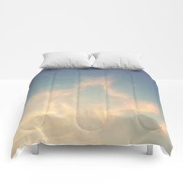 Wandering in the clouds Comforters