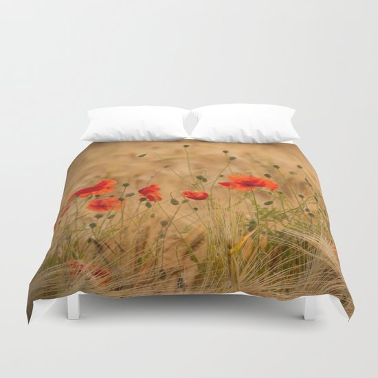 Golden cornfield with poppies Duvet Cover