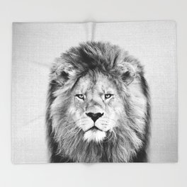 Lion 2 - Black & White Throw Blanket