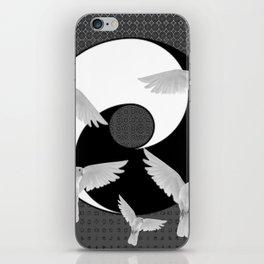 B&W  YIN & YANG Taoism/Daoism PEACE DOVES iPhone Skin