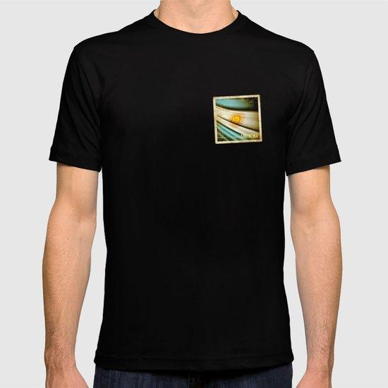 Grunge sticker of Argentina flag T-shirt