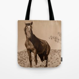 Wild_Horses Sepia 3501 - Nevada Tote Bag
