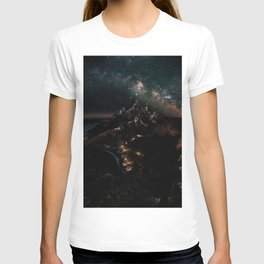 Velaris, City of Starlight, Night Court, A Court of Thorns and Roses T-shirt