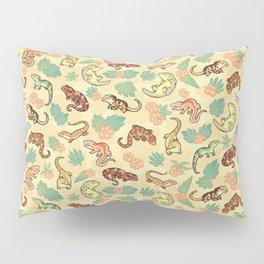 Gecko family in yellow Pillow Sham