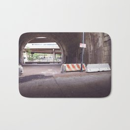 Under the Brooklyn Bridge, a Shutdown Skatepark Bath Mat