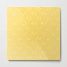 Simple Wreath Pattern Pale Gold Metal Print
