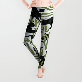 Abstract Wild Cats and Plants / Black and Green Leggings