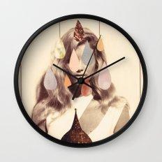 quatre Wall Clock