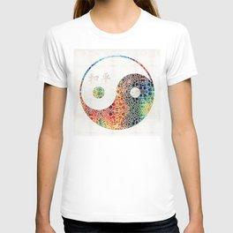 Yin And Yang - Colorful Peace - By Sharon Cummings T-shirt