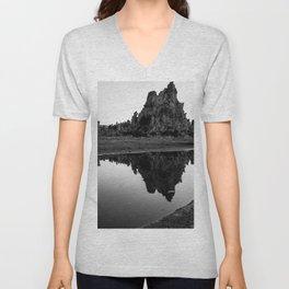 Mono Lake 7 Unisex V-Neck