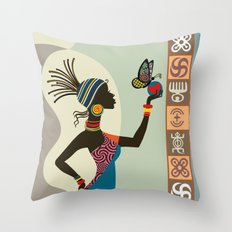 Afrocentric Chic I Throw Pillow