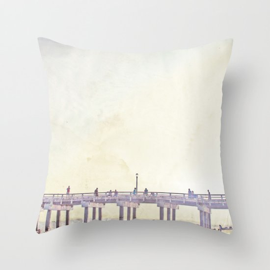 California Dreamin' in NY Throw Pillow