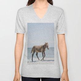 Horse Horse beach Unisex V-Neck