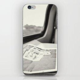 commute iPhone Skin