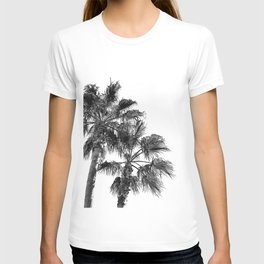 B&W Palm Tree Print | Black and White Summer Sky Beach Surfing Photography Art T-shirt
