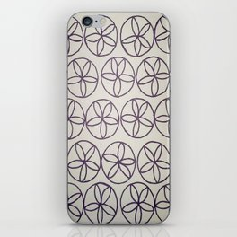 Black and White Flower Pattern iPhone Skin