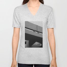MON - Museu Oscar Niemeyer Unisex V-Neck