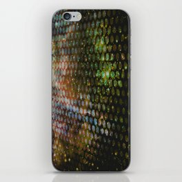 7 SECONDS AWAY iPhone Skin