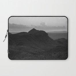 Desert Sunset in Black and White Laptop Sleeve