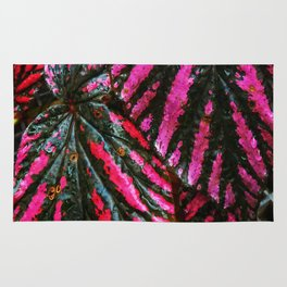 Red and Green Leaf Pattern Rug