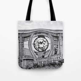 Diamant in Industrie Ruine Tote Bag