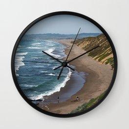 Montaña de Oro Shore II Wall Clock