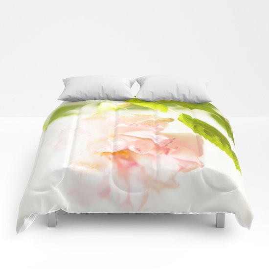 Romantic Soft Pink Rose Comforters