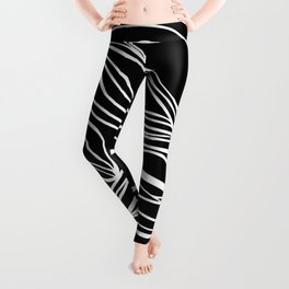 Abstract Swirling Waves / Black and White Leggings