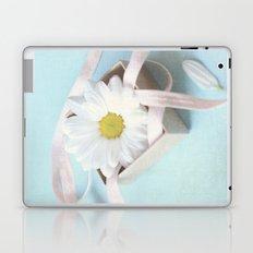 Daisy in a Box Laptop & iPad Skin