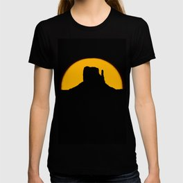 Monument Valley - Left Hand #2 T-shirt