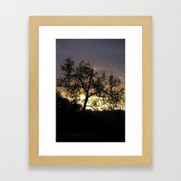 A Contraluz Framed Art Print