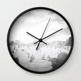 Cimitērium 1680 Wall Clock