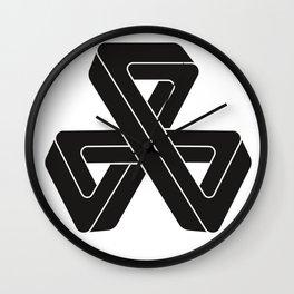 mobius triple strip - black Wall Clock