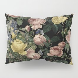 Vintage Roses and Iris Pattern - Dark Dreams Pillow Sham