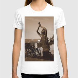 Lifted High T-shirt