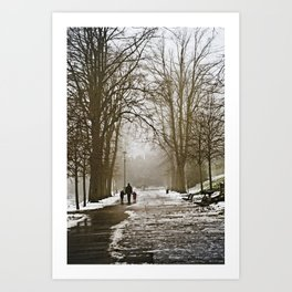 A walk through the park II Art Print