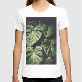 Monstera - Tropical Forest - nature photography T-shirt