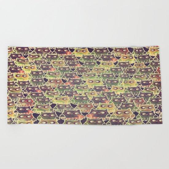 owl-314 Beach Towel