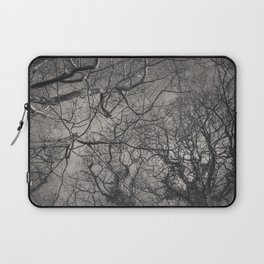 Labyrinth of Branches Laptop Sleeve