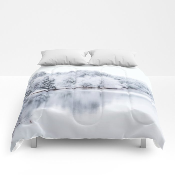 White Wonder Reflection Comforters